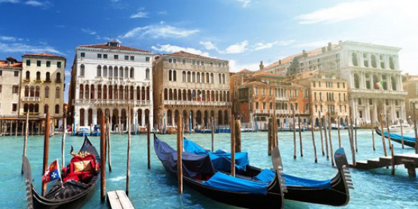 Award Winning 4* Venice Break with Breakfast