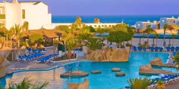 4* Lanzarote All Inclusive Beach Holiday w/ Airport Transfers