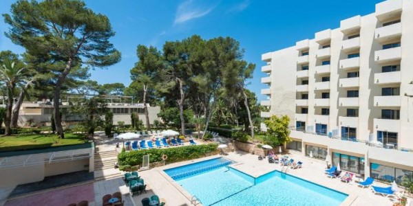 Majorca: 4 Star All Inclusive w/ Kids Stay FREE & Airport Transfers