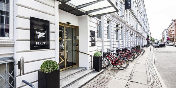 4* Copenhagen Bed & Breakfast - Central Location