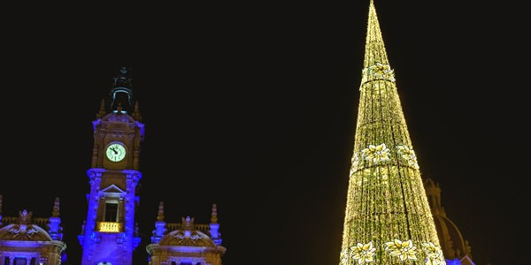 4* Valencia Xmas Market Break w/ Certificate of Excellence