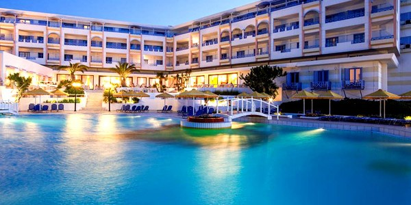 5* Crete All Inclusive Saving up to 40% w/ Private Beach & Flights