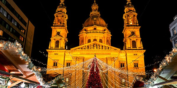 4* Budapest Xmas Market Break w/ FREE Tour Included