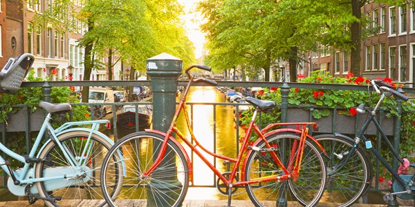 Amsterdam: 4 Star Award Winning Break w/ Flights & Breakfast