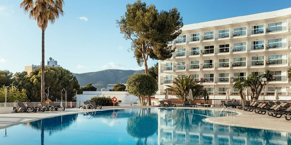 Majorca: 4 Star All Inclusive Week w/ Flights Included