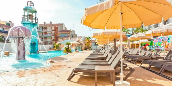 Costa Brava: 4 Star All Inclusive w/ FREE Transfers